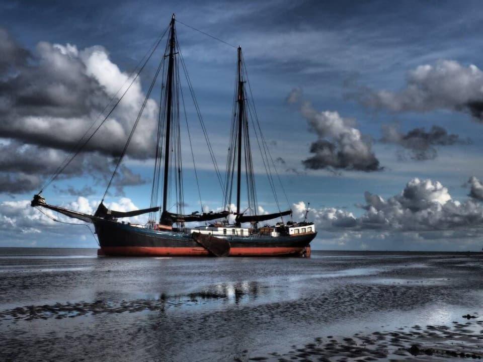 zeilen met een zeilboot naar ameland